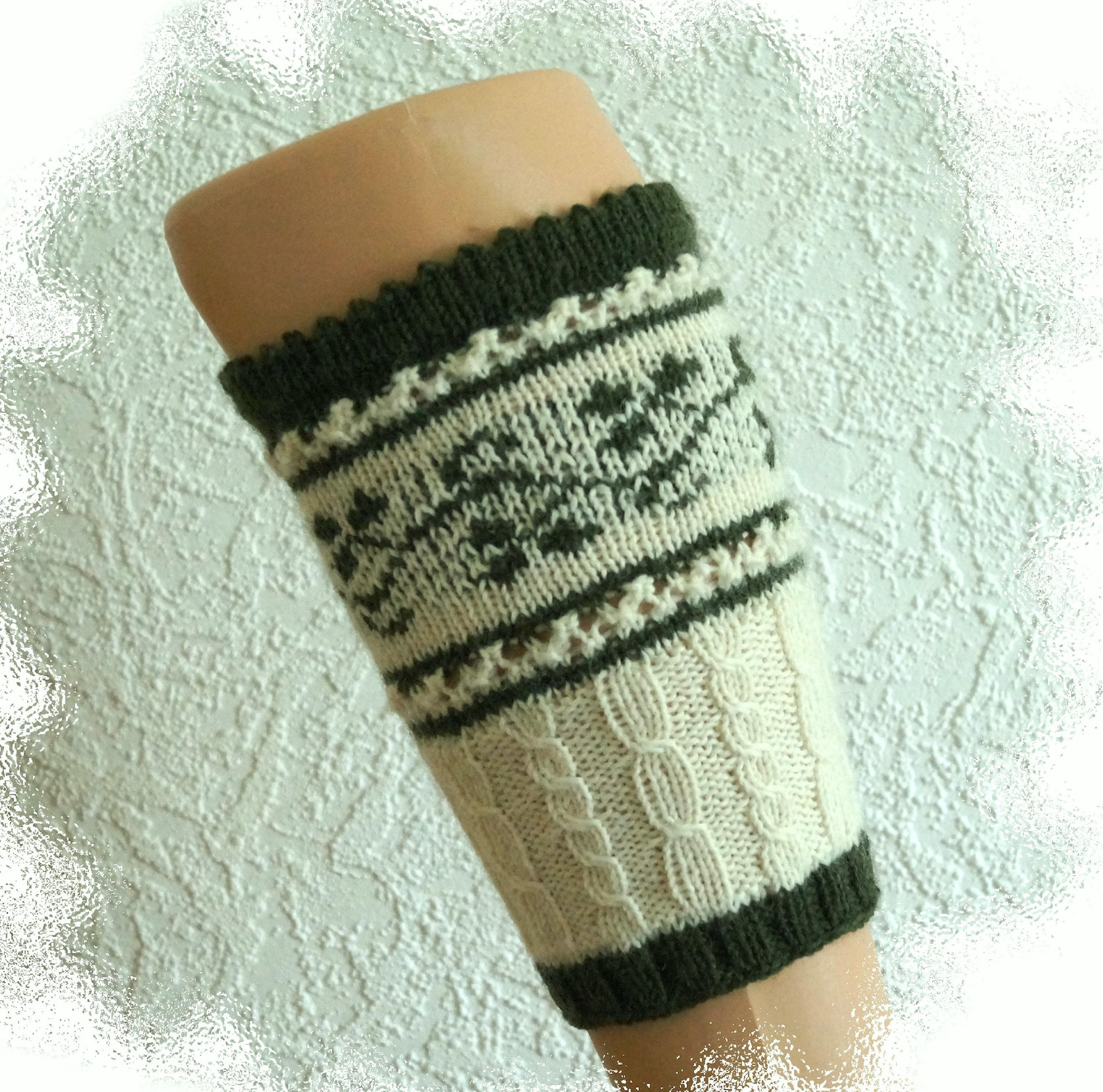 Hand knitted Loferl/calf warmers/nozzles, tendril pattern size 36/40