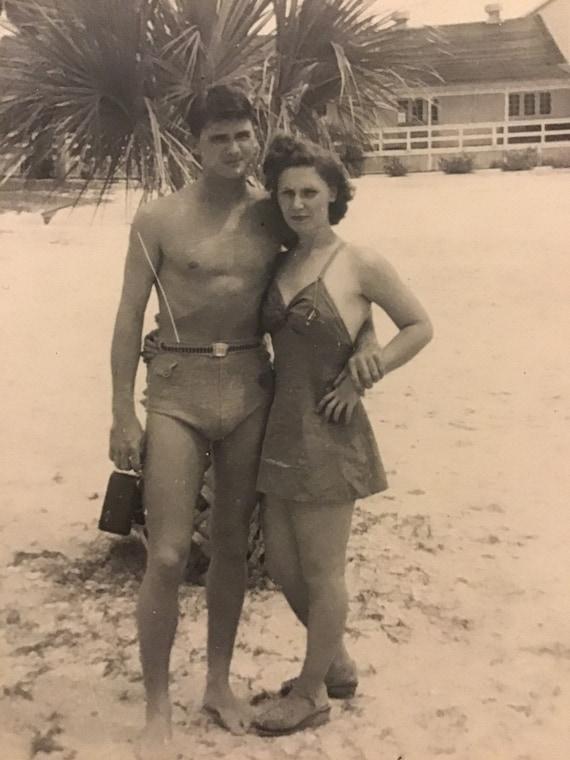 retro amateur sex on the beach