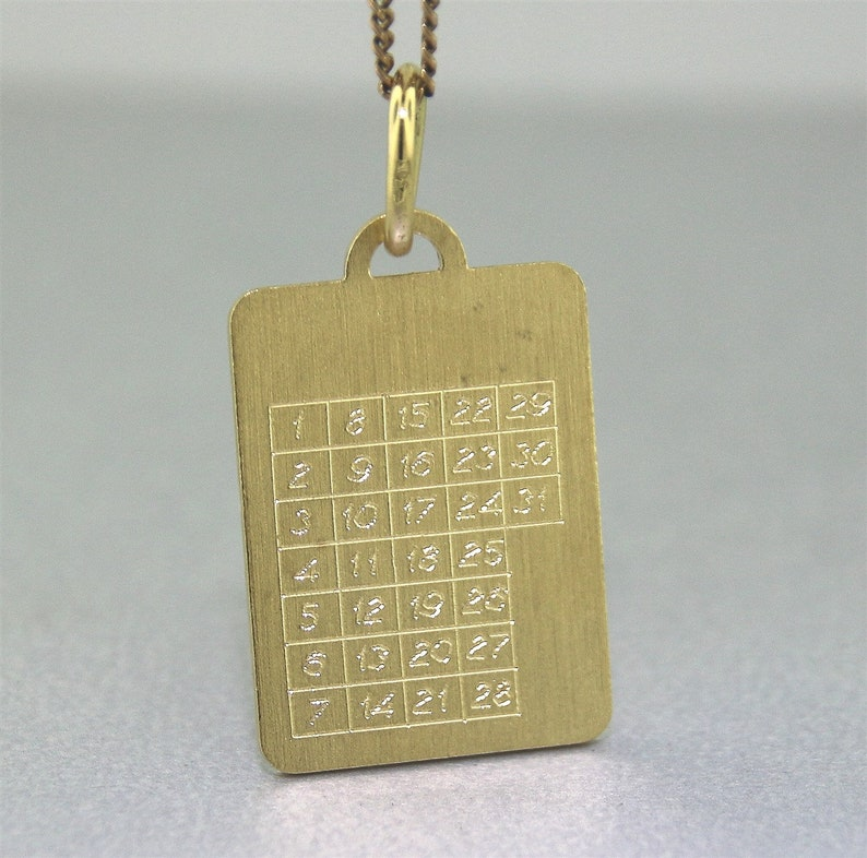 18k Yellow Gold Solid Construction CALENDAR CHARM or PENDANT Genuine 18ct  18k Gold