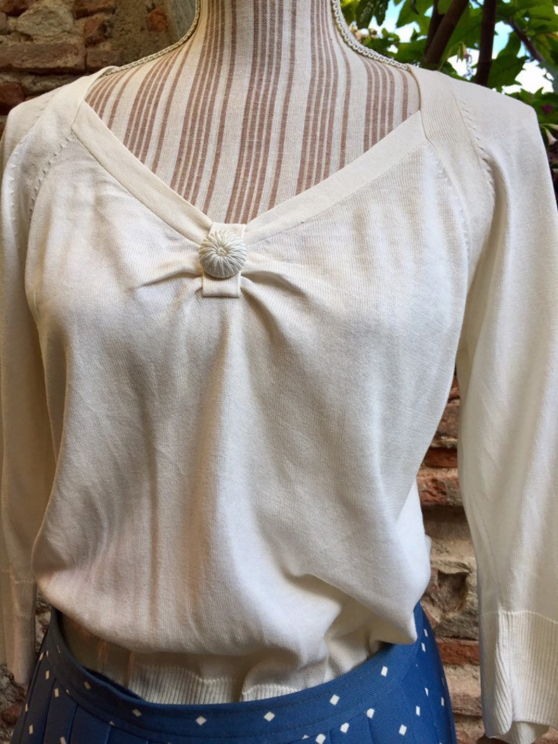 Vintage white sweater 60s synthetic material feel fine wool, 3/4 sleeves, T  40