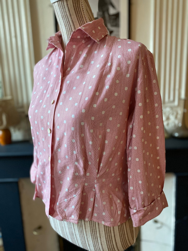 Vintage women/'s blouse 60 in cotton with thin red stripes and white polka dots T 40