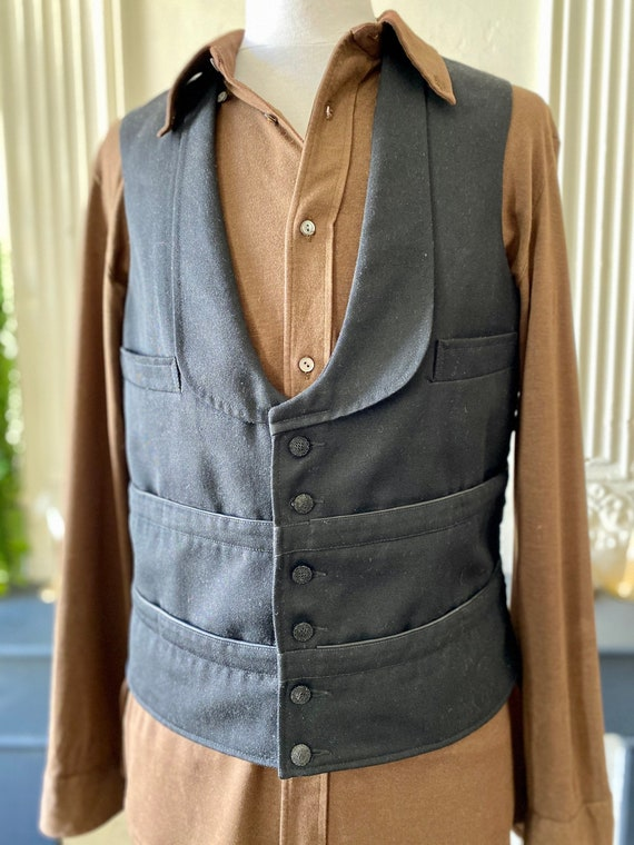 Authentic multi-square French coffee boy's vest, v