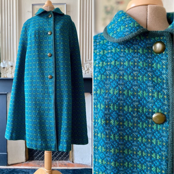 Stunning vintage cape 60s in Wales 'tapestry' wool