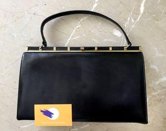 c89617e074 Vintage Leather Purse