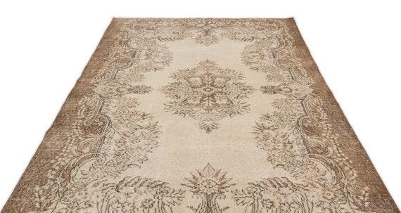 Beige 5'11'' X 9'10'' Ft Vintage Kilim Rug, turkish rug, area rug, moroccan rug, boucherouite rug, persian rug, berber rug, wool rug