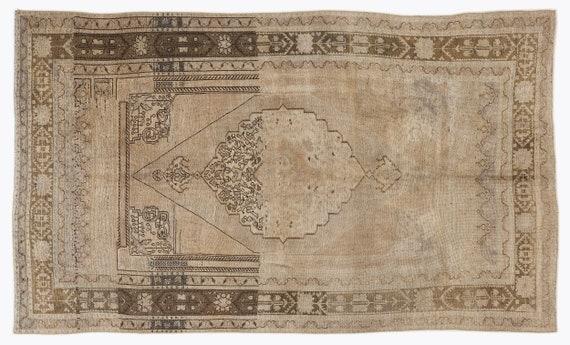 Heritage  Kilim Rug Beige Medium Size 5'3'' X 8'10'' FtTurkish Oushak Moroccan Rug