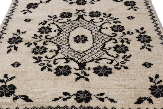 Tullu 5'4'' X 7'3'' Ft Kilim Rug , turkish rug, area rug, moroccan rug, boucherouite rug, persian rug, berber rug, wool rug
