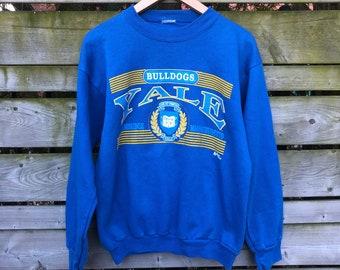 4737c5f8104e1a Vintage Yale Bulldogs Sweater