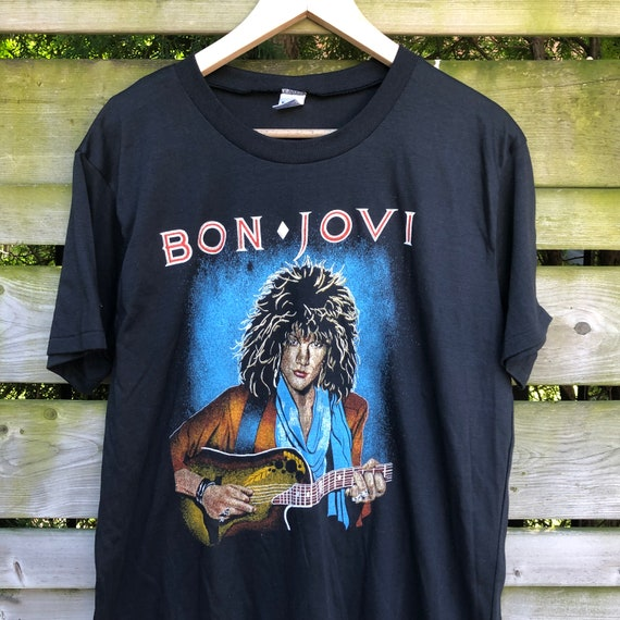 vintage 1996 BON JOVI CONCERT TOUR L//S T-Shirt LARGE//XL soft rock jon 90s metal