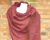 Blanket scarf stole poncho plaid ceiling scarf, blanket wrap winter paisley patterning wool Nepal purple floral hippie ethno retro