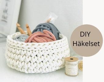 DIY crochet set for bread basket / storage basket
