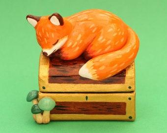 Fox Jewellery Holder Treasure Chest Forest Wood Animals Decoration Polymer Clay Figurine