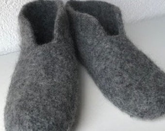Felt slippers - - knitted slippers in several sizes