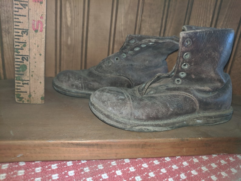 Vintage leather Toddler boots image 0