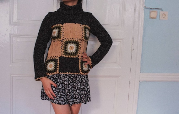 Vintage hand knitted granny square crochet 70's bo