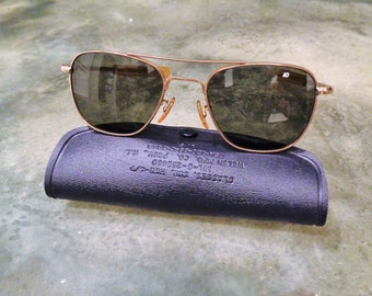 61376f73e3 Uber Rare Vintage American Optical 1 10 12K GF Aviator Bayonet Sunglasses  w  Genuine Case   New AO Glass Lenses in Excellent Condition!!!