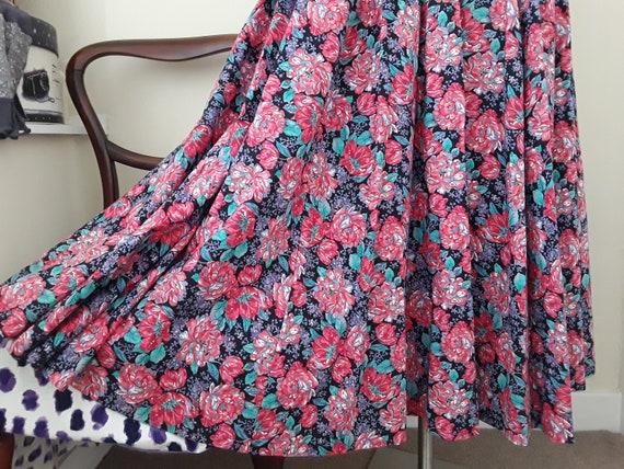 1980s Vintage Laura Ashley Floral Dress.Cotton. S… - image 5