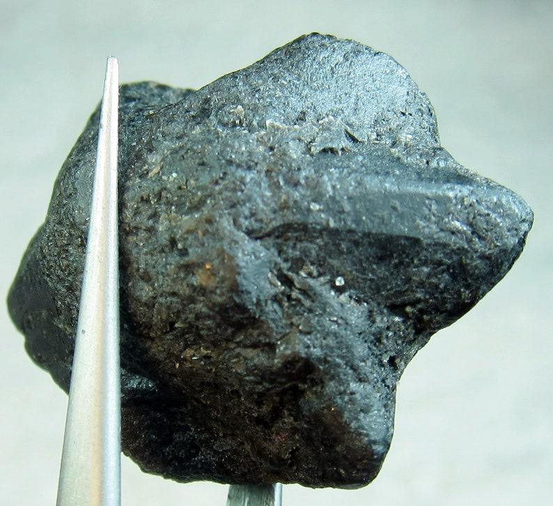 ALEXANDRITE 90.5 CARAT NATURAL Rough Collector\u2019s Crystal Mineral Gem M14
