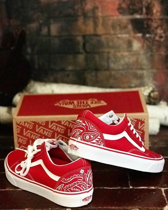 Bandana Custom Painted Vans