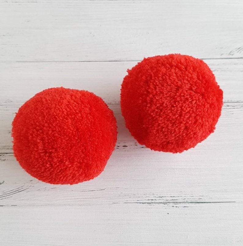 red beanie bobble bobbles 2 wool bobbles 5 cm pompom round full garb pompom red red bobbles large full pompom