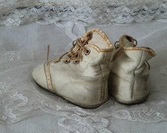 803ab014969ab Vintage Boys' Booties & Crib Shoes | Etsy SE