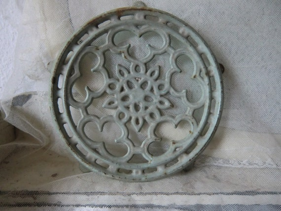 Antique coaster cast iron enamel mint-colored rustic french shabby