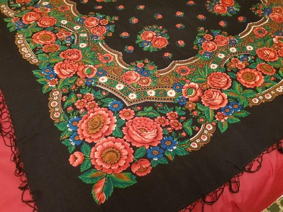 Black shawl. Russian shawl scarf Ukrainian shawl W