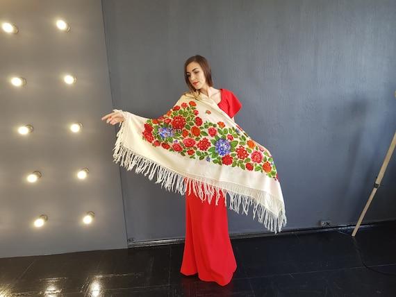 Russian shawl White scarf Ukrainian shawl Woolen s