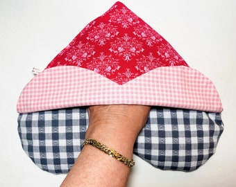 """Heat Pillow - Double Heart - """"With an envelope.... A different design"""" - with pocket for hands 27 x 28 cm ,"""