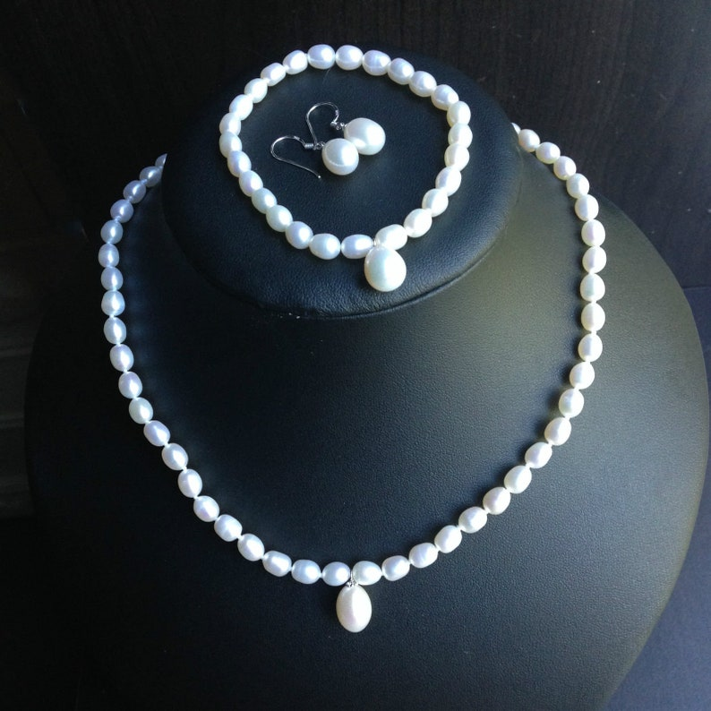 Freshwater Pearl Necklace,Bracelet,Earring set,Wedding pearl necklace,Bracelet,Earring
