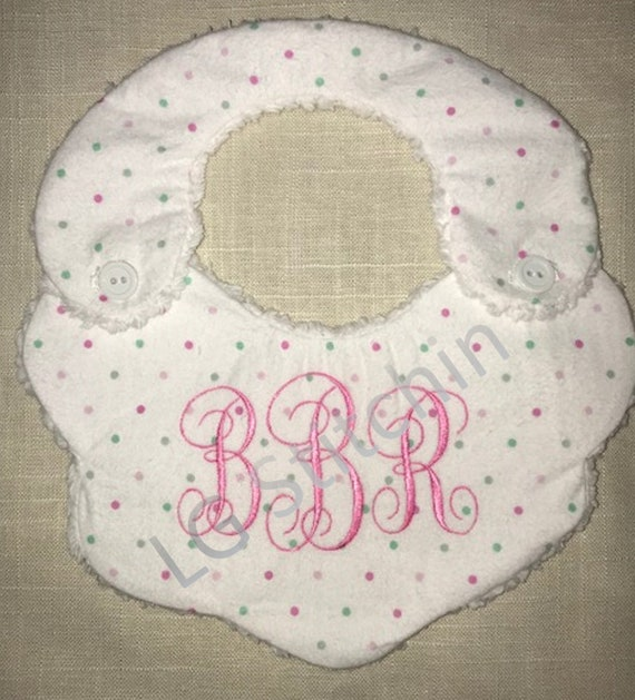 Scallop Monogram Personalized Baby Toddler Infant Blanket /& Bib Set  Any Color