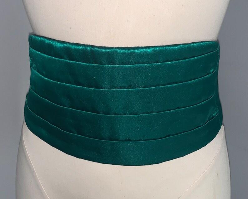 Vintage Emerald Green Cumber Bun Belt