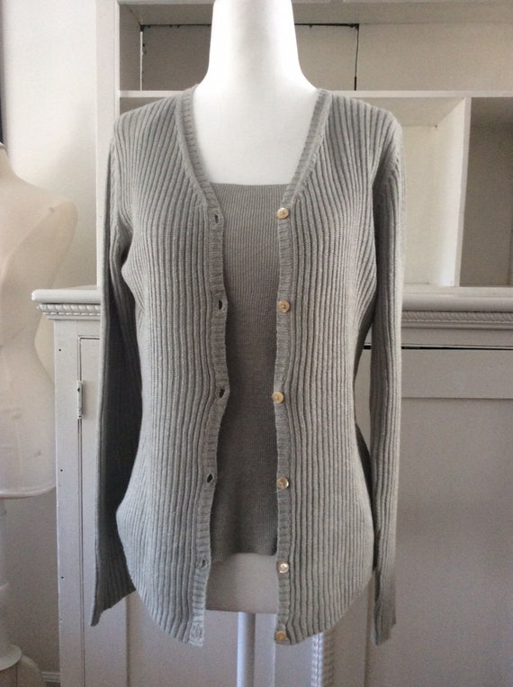 sage linen sweater set - image 4
