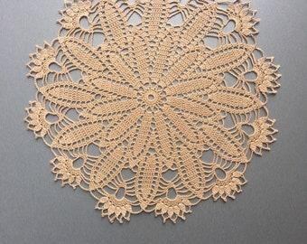 24 x Häkeldeckchen Spitzendeckchen Spitze Untersetzer Weiss /& Beige viele Muster