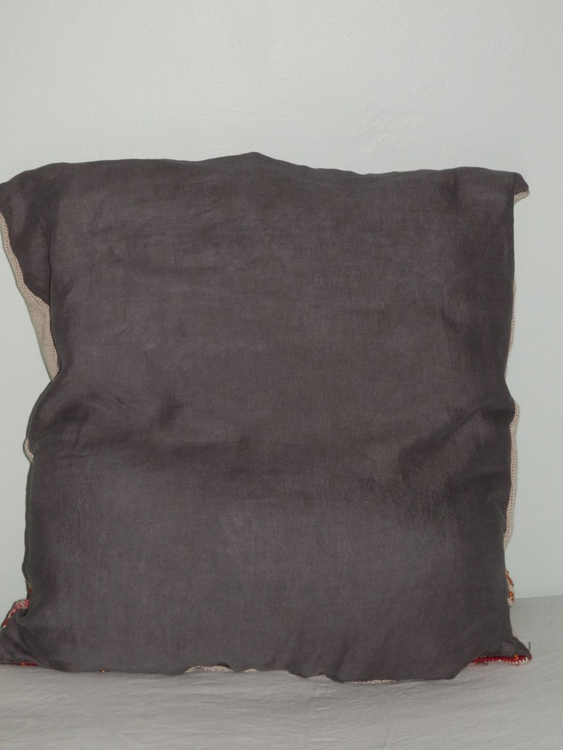 Cushion cover Handmade Knitted /& beaded with Linen back 58cm x 55cm NEW
