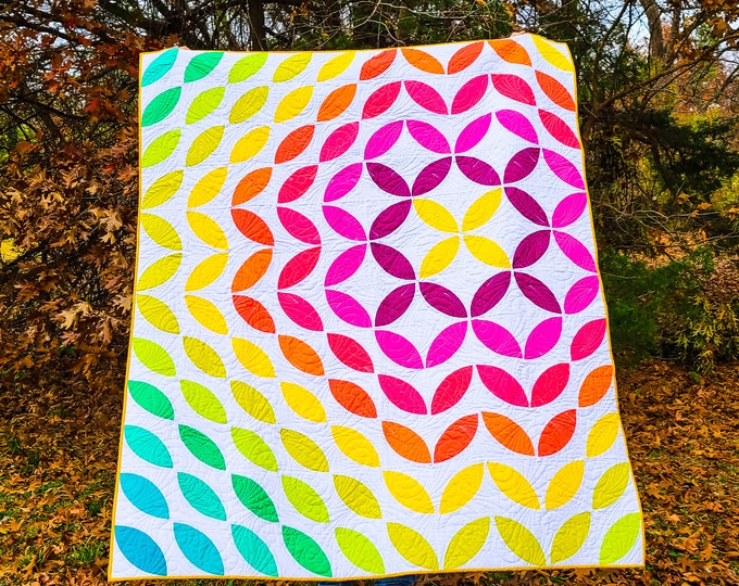 Featured listing image: Sonic Bloom Throw Quilt
