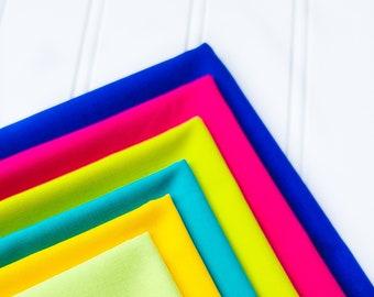 Mod Cabin Quilt Kit -Art Gallery Fabrics Pure Solids