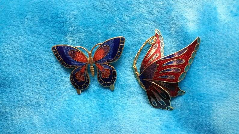 VINTAGE GENUINE CLOISONNE RED COLORFUL BUTTERFLY /& FLOWER GOLD TONE EARRINGS