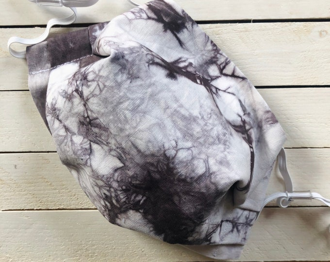 Tie Dye Adjustable Face Mask / Tie Dyed by hand / Dark Grey-Black / Washable / Adult / Elastic / Filter Pocket / Nose Wire