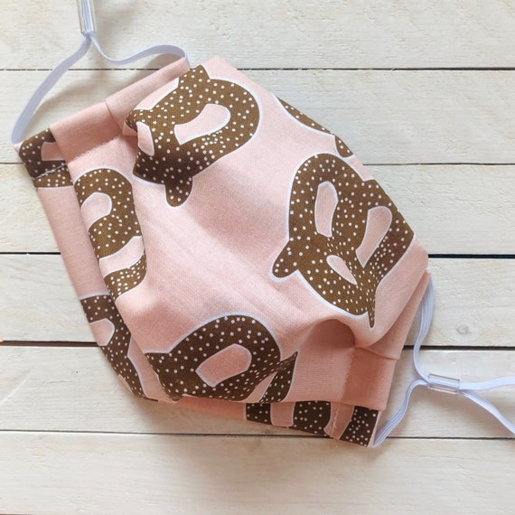 "Face Mask ""Pink Pretzel""/ Cotton / Washable / Adult / Adjustable Elastic / Filter"