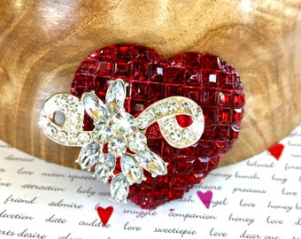 Red Heart with Clear Rhinestone Bow Crystal Brooch Pin Jewelry Gift A302