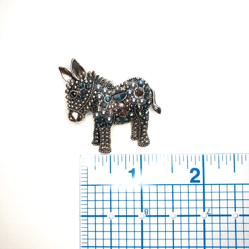 Super Cute Rhinestone Beads Donkey Burro Animal Accessory Brooch Pin A697
