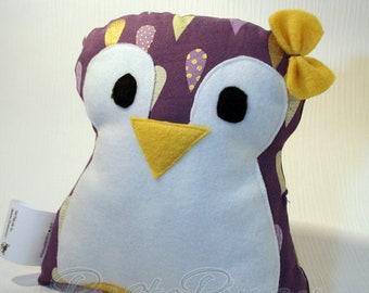 Cuddly toy * Cuddly penguin * Cuddly pillow * Penguin