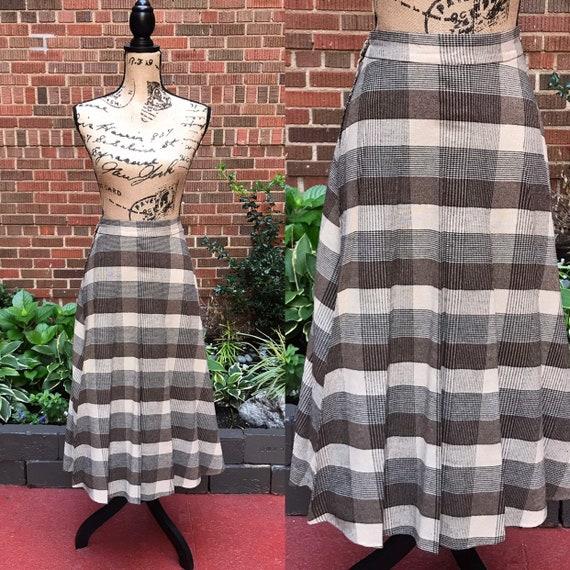 1970s skirt/ Vintage 1970s wool plaid pleated skir