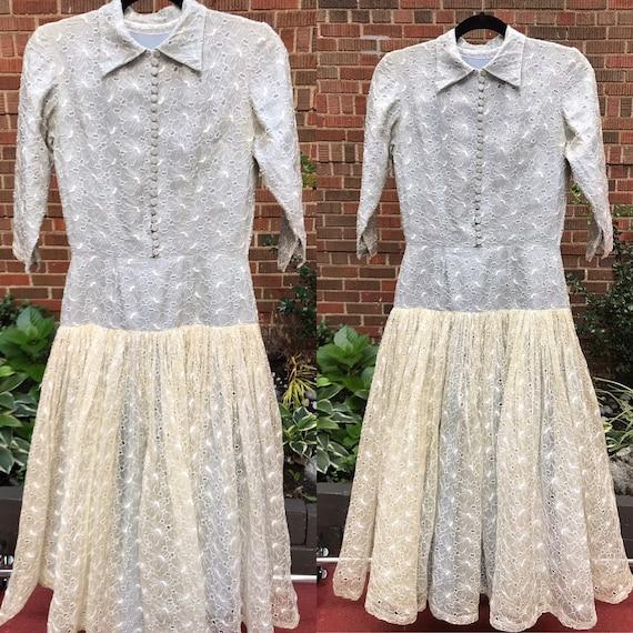 1950s dress/ Vintage 1950s drop waist tea dress