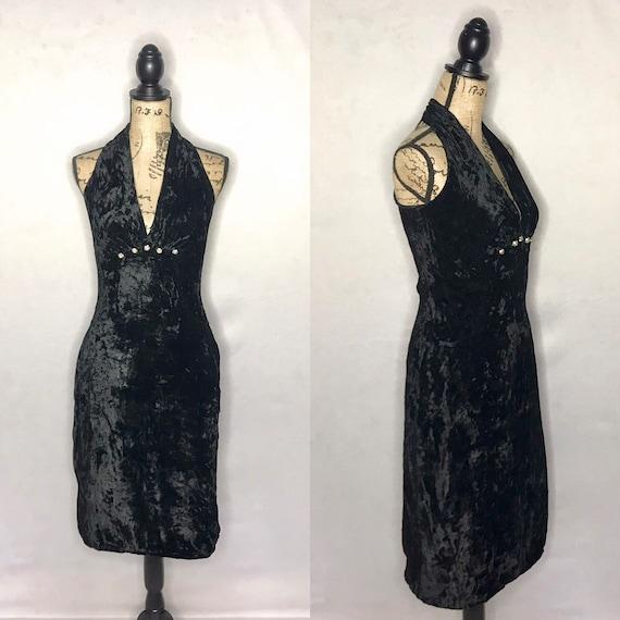 1980s dress/ Vintage 1980s velvet LBD cocktail dre
