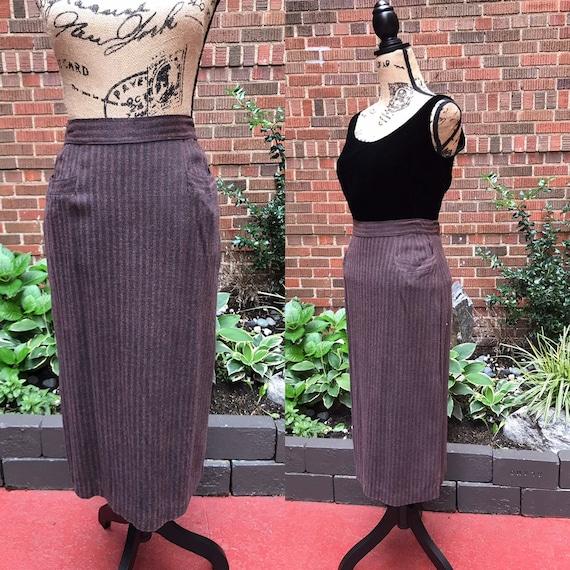 1940s Skirts/ Vintage 1940s wool skirt