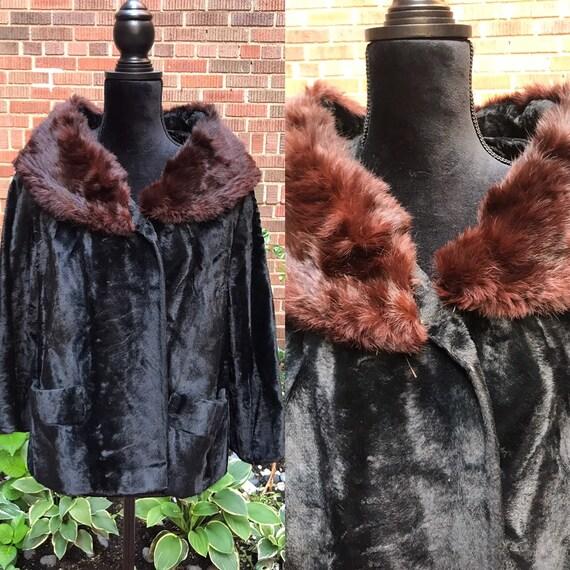 1950s coat/ Vintage 1950s faux fur coat