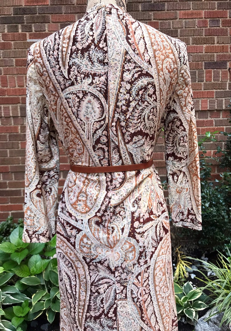 1960s dress Vintage 1960s Leslie Pomer shimmery paisley dress
