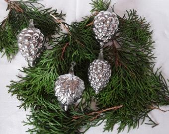 9 Uralte Christbaumkugeln Zapfen Aus Glas Im Karton Lauscha Etsy